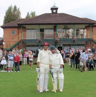 Marcus Trescothick and his father Martyn on Testimonial Day in 2008