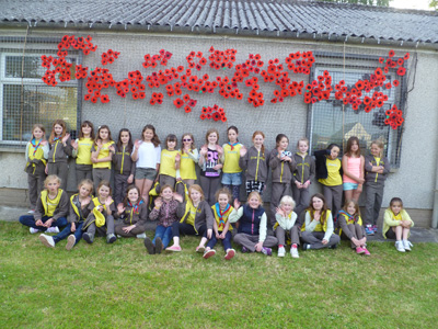 Hundreds of poppies cover Keynsham Guide HQ on D-Day anniversary