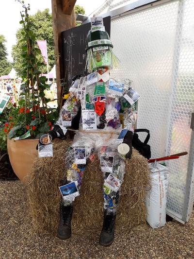 Keynsham Scarecrow Trail goes into extra time for school holidays