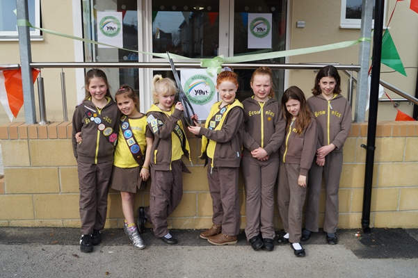 Brownies declare new extension open at Keynsham church