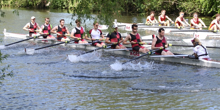 Hundreds of rowers to take to river for regatta at Saltford