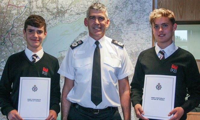 Wellsway students who came to aid of distressed woman are praised by Chief Constable