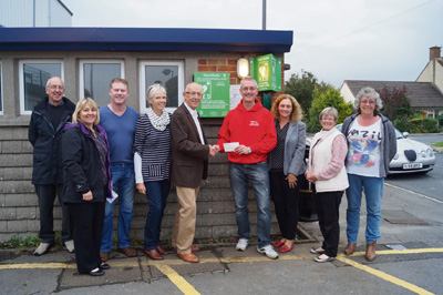 New defibrillator 'goes live' in Saltford thanks to fundraisers